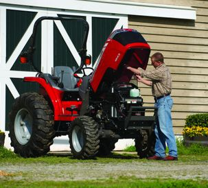 Massey_Ferguson_maintenance_winterizing_tips_72dpi_10242014.jpg