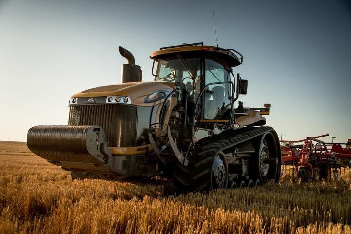 Challenger Launches Mt800e Series Track Tractors Agco