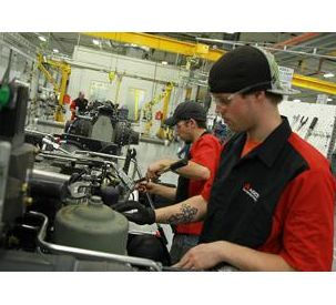 Farmers Experience AGCO's High-tech Tractor Manufacturing