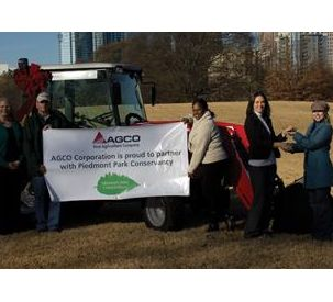 AGCO Donates New Tractor to Piedmont Park