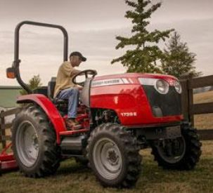 Massey Ferguson Donates Compact Tractor to Support ProRodeo Hall of Fame