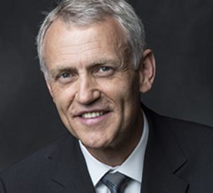 Hans-Bernd Velmaat headshot