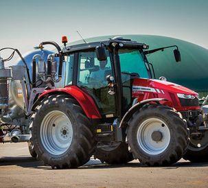 MF 5700 SL tractor range wins prestigious innovation award at this year's Royal Highland Show