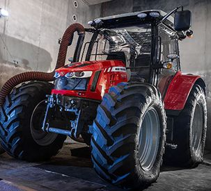 Massey Ferguson tractor is fully-equipped for Antarctica2 challenge