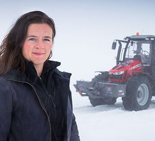 Antarctica2 team all set for rigours of 5000 km polar tractor trek