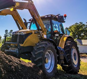 Challenger Introduces Tough, Sophisticated MT400E Mid-Range Tractors