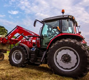 Massey Ferguson 6700S Series OptiRide Suspension AE50 2017
