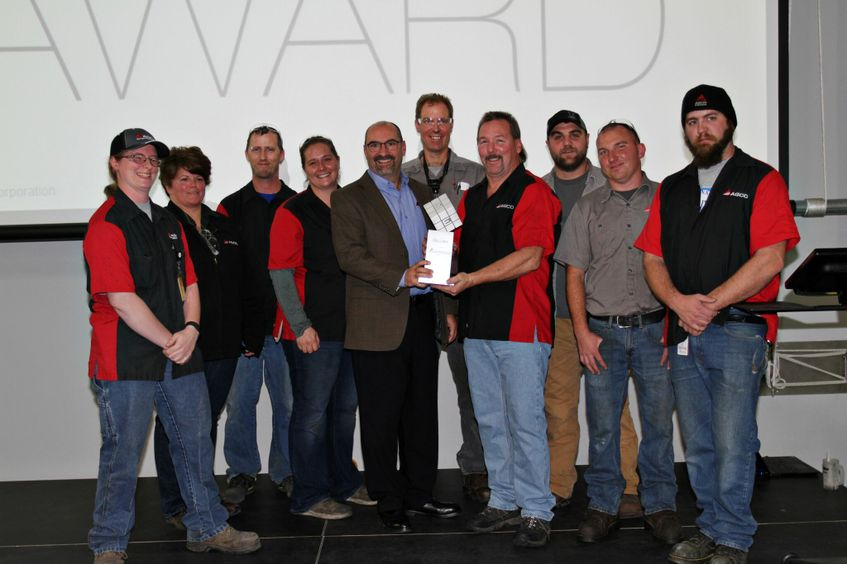 Jackson MN AGCO employees celebrate AEM award