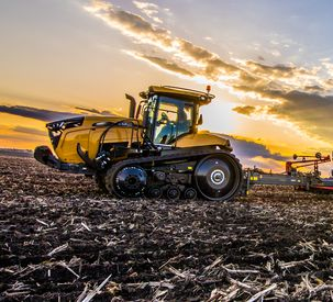 Challenger MT700 Series Track Tractors to Debut at Farm Progress Show
