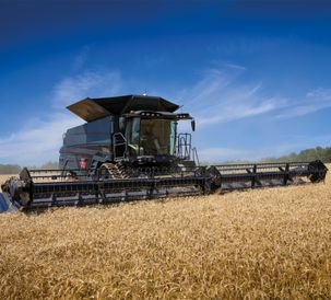 MF-IDEAL-9T-COMBINE_WORKING_CZ_0717-1565