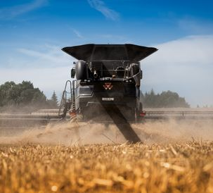 MF-IDEAL-9T-COMBINE_WORKING_CZ_0717-1607