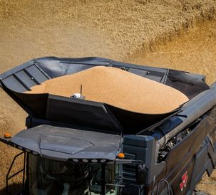MF-IDEAL-9T-COMBINE_WORKING_CZ_0717-1729