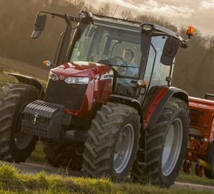 Dyna-4 transmission extends choice for MF 5700 Global Series tractors