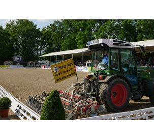 Fendt Tractors supporting the Hamburg Derby 2018