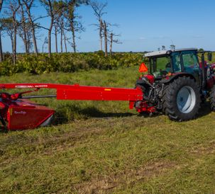 Hesston by Massey Ferguson Introduces RazorEdgeTM 1300 Series  Pull-Type Disc Mower Conditioners