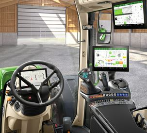 Fendt 700 Vario with new FendtONE control