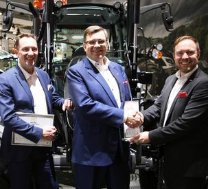 Valtra wins 'Machine of the Year' award at SIMA 2019