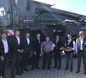 First handover of a Fendt IDEAL in Germany