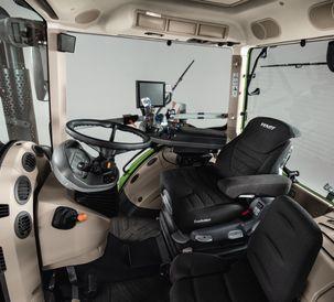 AGCO Fendt 900 Cab Shot 07_02_2019