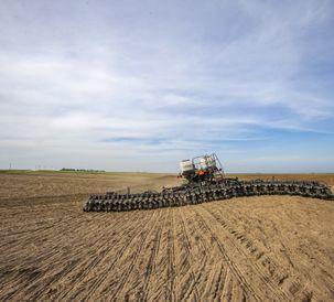 AGCO推出芬特动量播种机北美