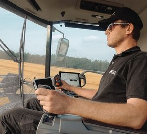 AGCO's Fendt IDEALDrive Eliminates the Steering Wheel in IDEAL Combines