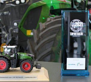 "Fendt sales partner BayWa Bamberg receives ""Top Retailer"" Award"