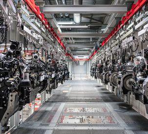 AGCO Power - Engines on a ceiling conveyor