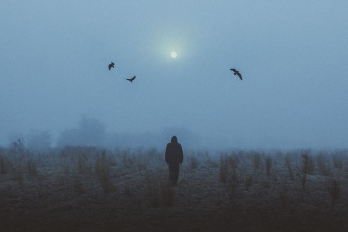 darkness-1083221-unsplash
