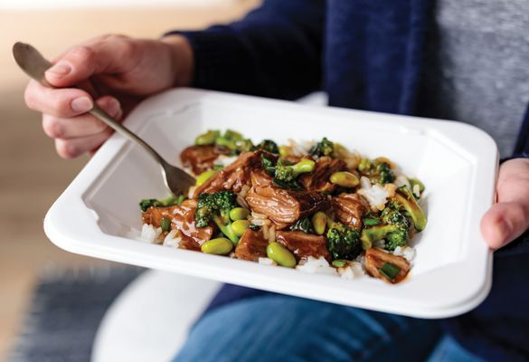 omahasteaks_asian-style beef _ broccoli with rice_hero2_201908301944