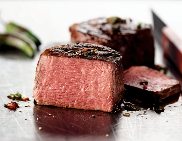 Recent Survey Reveals Steak is the Perfect Father's Day Gift