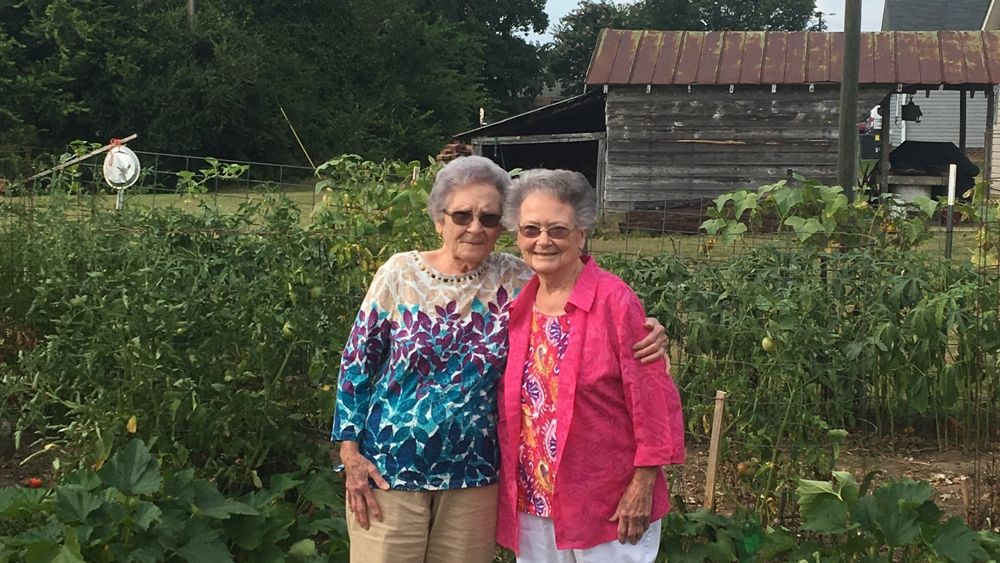 Sisters in their 80s have their heart procedures back-to-back, just part of their lifelong bond