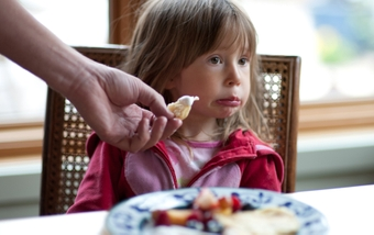 5 smart ways to cope with young, picky eaters