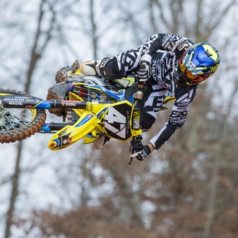 How a pro motocross racer returned from a broken back