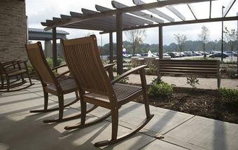 12 features that make Mint Hill Medical Center a standout