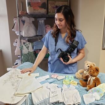 Nurse honors stillborn babies with a lasting image
