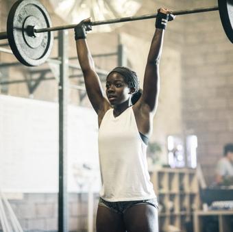 girl lifting