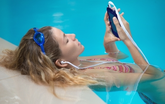 Why earbuds can increase the chances of swimmer's ear