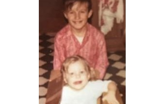 Childhood photo of Terrie Loflin and her brother Mark Messer