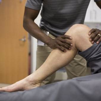 Treatment options for knee pain