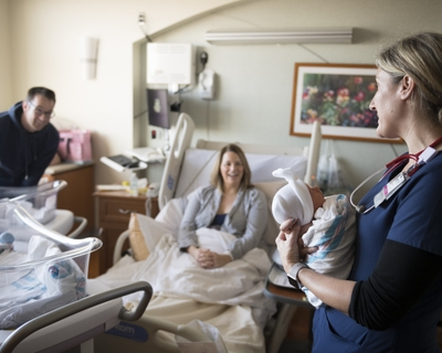 Coping with COVID-19 visitor restrictions during childbirth