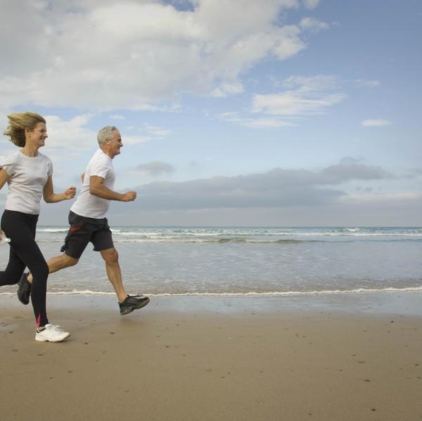 Running on beach. knees