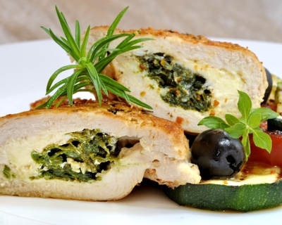 Spinach-stuffed chicken is easy, delicious and healthy