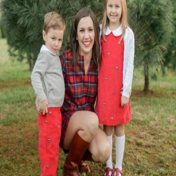 Lauren Dungan and kids main