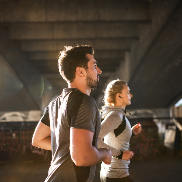 GEtty Couple running