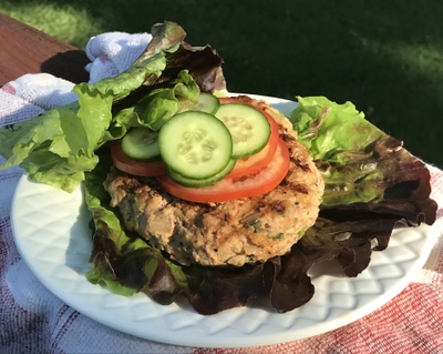 Chipotle scallion turkey burgers deliver big flavor