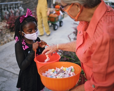 8 ways to keep Halloween parties and trick-or-treating safe