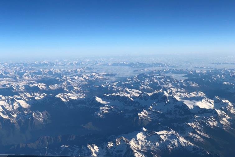 12.Plane Alps