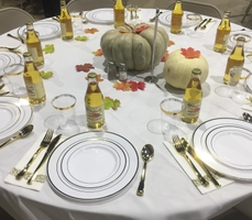 ¡Unidos! Volunteers Provide Thanksgiving Teen Dinner In Stockton