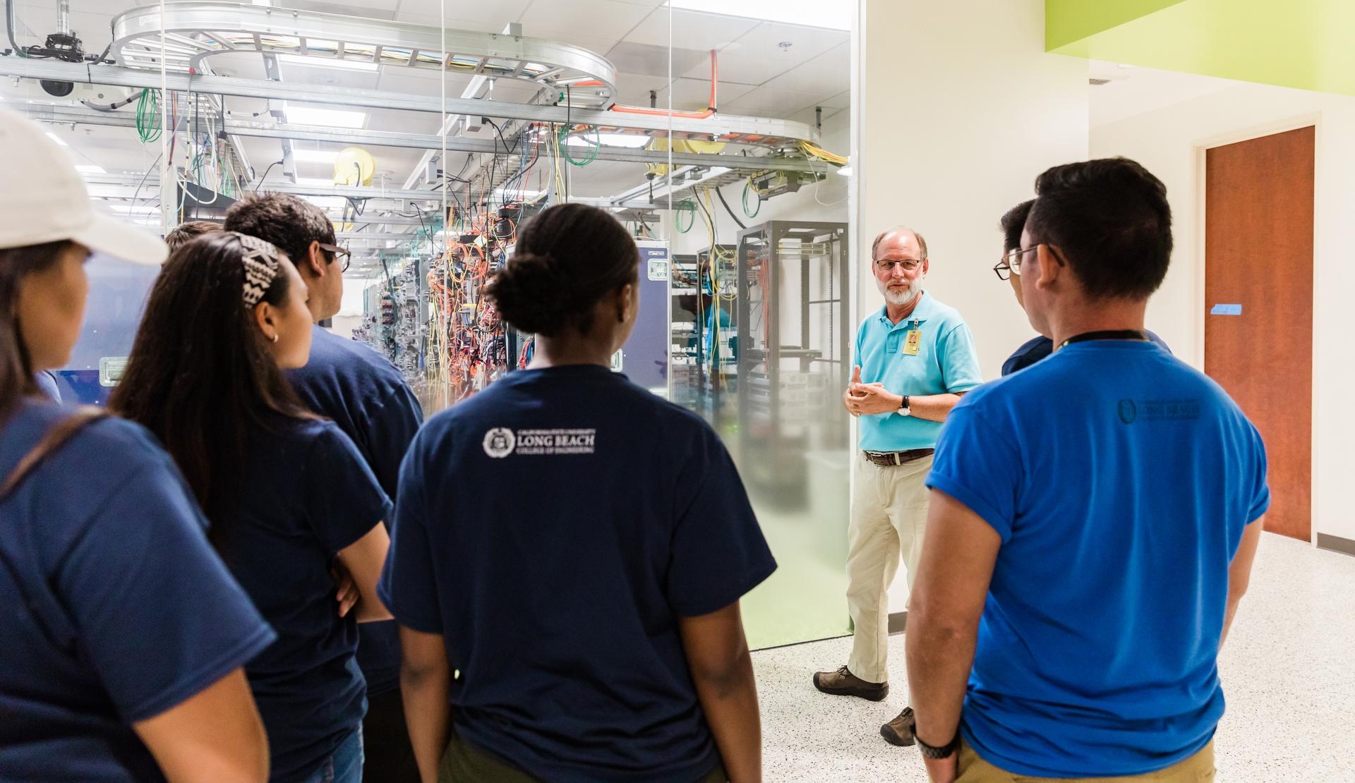 CSULB BESST Students Visit SCE's GridTech Labs