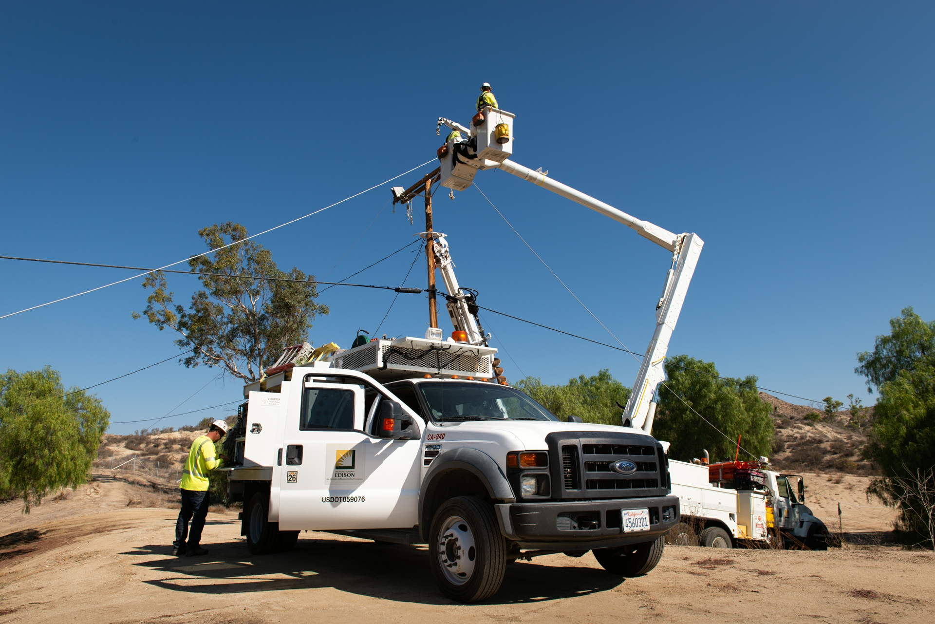 SCE's Wildomar District has so far installed three miles of insulated wires.